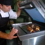 Briteissä on kehitetty laite, jolla hummerit tapetaan sähköiskulla ennen keittämistä