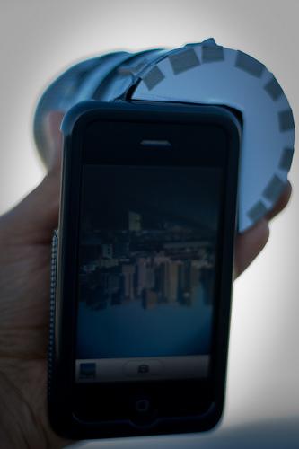 The Phone-O-Scope with an 18-55mm lens attached2.