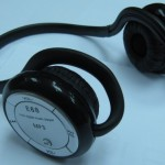 Testissä Bluetooth-/MP3-kuulokkeet