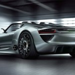 "Porsche 918 Spyder konseptiauto on ""more Porsche than ever"" hybridi"