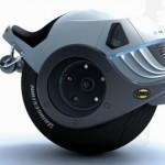 Liam Ferguson: Hornet on yksipyöräinen prätkä, joka kääntyy paikallaan ja menee 235 km/h
