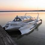 Marion Hyper Sub on alus, joka kulkee veden päällä 74 km/h ja sukeltaa 76 metrin syvyyteen