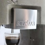 Shmuel Linski: Espresso Solo – betoni-espressokone