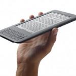 Amazon julkisti uudet versiot Kindle ekirjalukijastaan