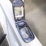 Tee vanhasta puhelimesta lompakko! Ja antennivikaiset kosketusnäytöt kiertoon kanssa!