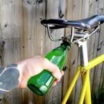 Polkupyörään integroitu pullonavaaja keksittiin hämmästyttävää kyllä vasta nyt!