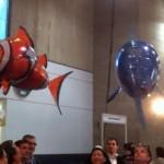 Radio-ohjattava heliumkala on nerokkaan hauska idea!