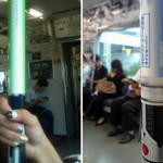 Tokion metrossa voi kuka tahansa tarrata valomiekkaan