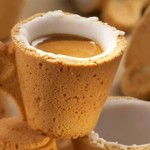 Syötävä kahvikuppi on myös keksi