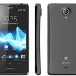 Sony Xperia T Androidpuhelin Hilavitkuttimen käpisteltävänä