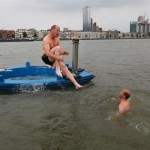 Hot-Tub-Boat-by-Hot-Tug-2