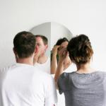 Mirror 180 tarjoaa peilin kahdelle pienemmässäkin tilassa