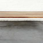 Woodsman Axe Coffee Table – kirveet pöydänjalkoina