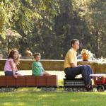 The Amusement Park Ride-On Railroad – Oma junarata takapihalle