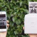 Instax Share SP-1 mahdollistaa kännykkäkuvien tulostamisen tien päällä