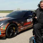 Neliraajahalvauksesta kärsivä entinen kilpa-ajaja pääsee taas radalle nykyteknologian avulla
