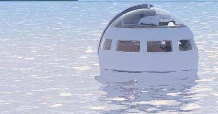Kelluva hotelli vie yön yli saarelle