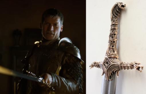 Jaime Lannister miekkansa kanssa