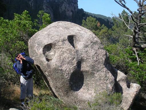 Kivimuodostelmissa voi usein nähdä ihmiskasvot.
