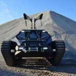 Ripsaw Luxury Off Road Tank -luksustankki yksityisille markkinoille, selviää Suomenkin maastossa ja keleillä
