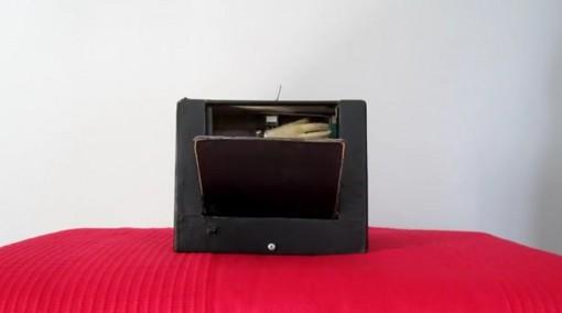 Black Box, turhaan kehittynyt laatikko, screenshot videosta
