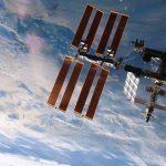 Näin hiukset pestään ISS:llä, katso video!