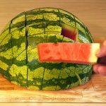 Kuinka valita kypsä ja makea vesimeloni: Kolme tärkeää tekijää, joita ei usein kerrota muualla. Pätee myös muihin meloneihin!