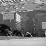 Pilvenpiirtäjän ikkunoiden pesu on oma taiteenlajinsa, oheisella videolla mallia vuodelta 1938 Empire State Buildingista