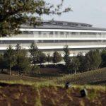 Applen uusi avaruusajan kampus aiheuttaa ongelmia, työntekijät törmäilevät seiniin, koska ne ovat lasia