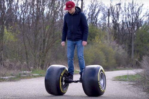 Tasapainoskootteri-Hoverboard Formula 1