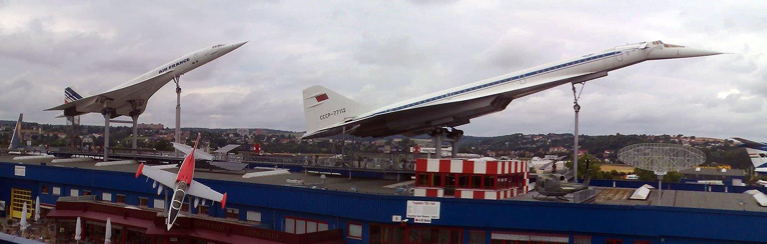 Museon ulkotiloissa on esillä muun muassa Air Francen entinen Concorde ja neuvostoliittolainen Tupolev Tu-144