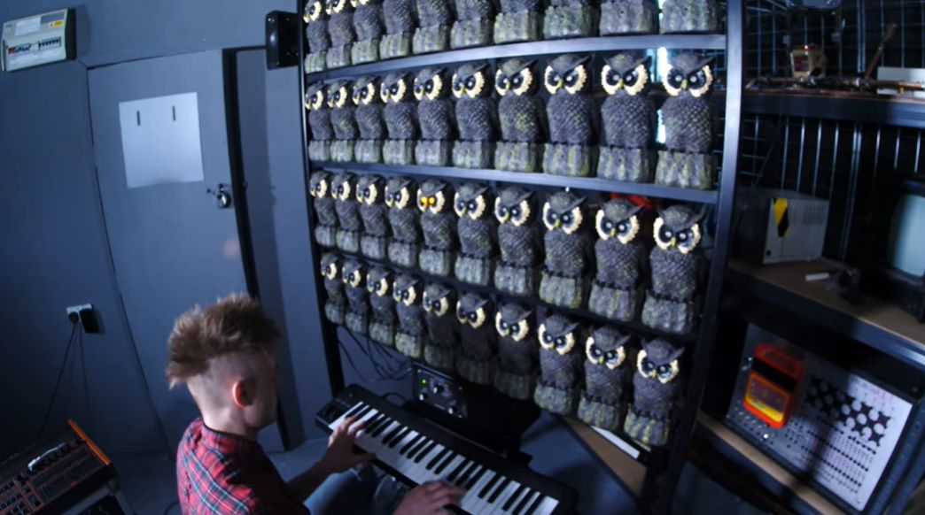 The Owl Organ - pöllön silmät syttyvät kun se soi