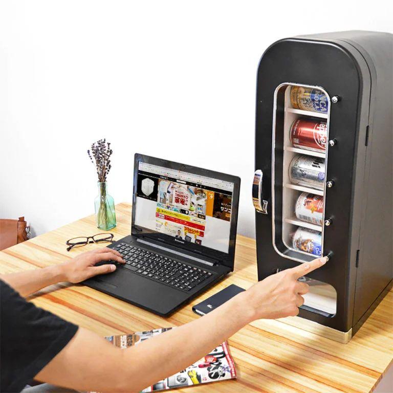 Mini -- limsa-automaatti - jääkaappi 10 tölkille