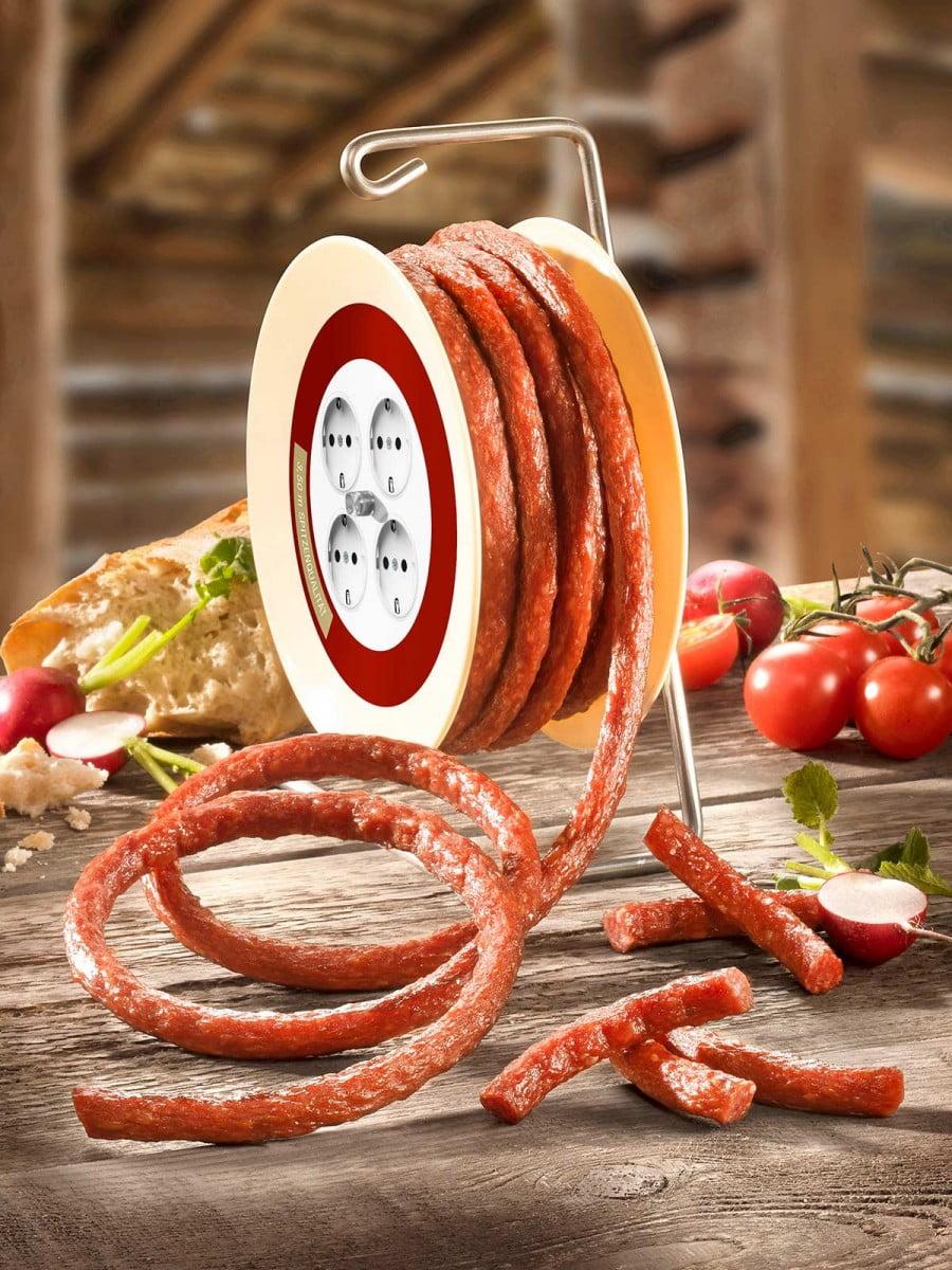 3,5m salamia kaapelikelassa - Die Wurst-Kabeltrommel