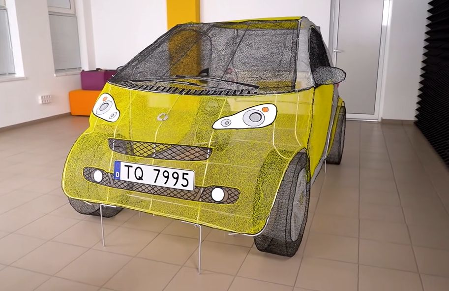 Auto 3d-kynällä piirrettynä
