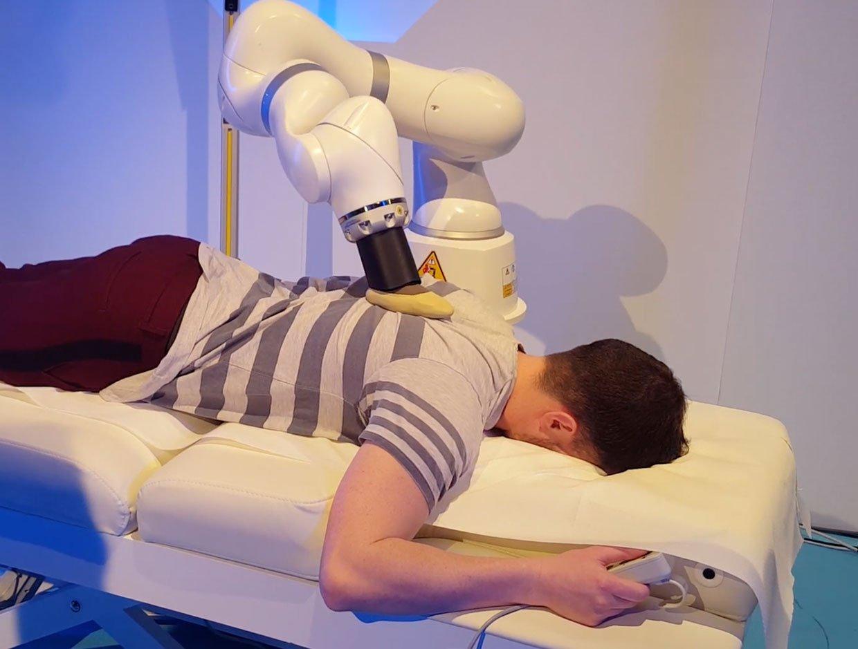 Robottihieroja